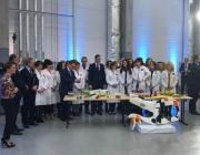 Wspólne zdjęcie pracowników Grupy Azoty z Premierem Mateuszem Morawieckim